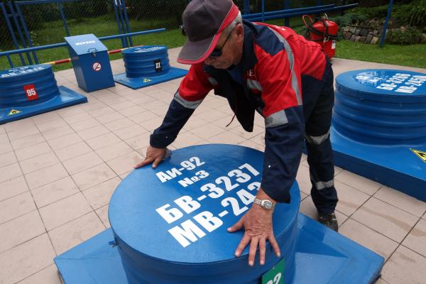 Минпромторг хочет ужесточить правила реализации нефтепродуктов на российских АЗС